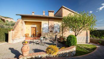Villa La Sassolina Montaione Tuscany